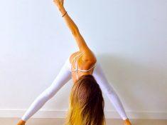 beginner yoga  10 poses with easy beginners yoga video