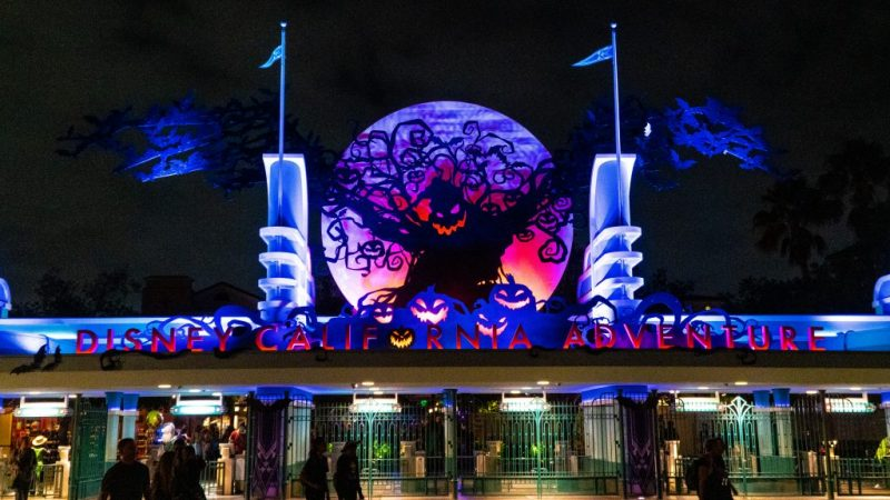 oogie boogie bash california adventure