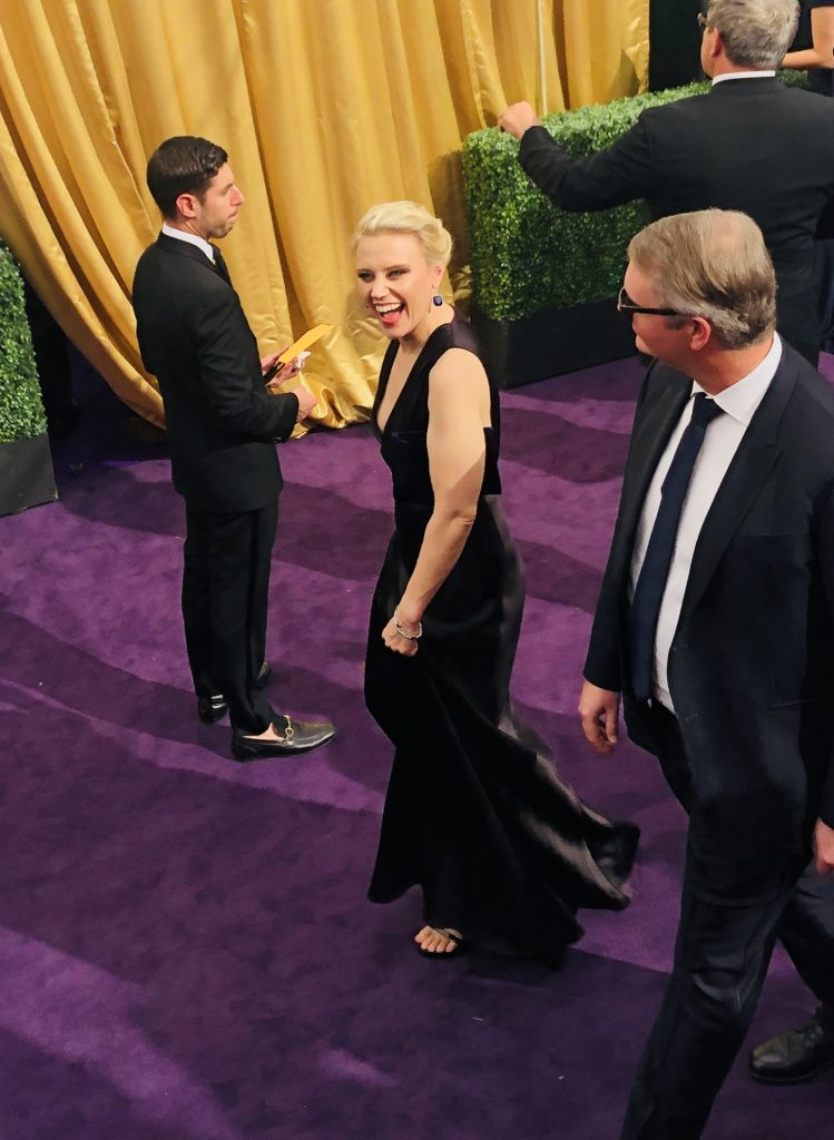 kate mckinnon emmys red carpet